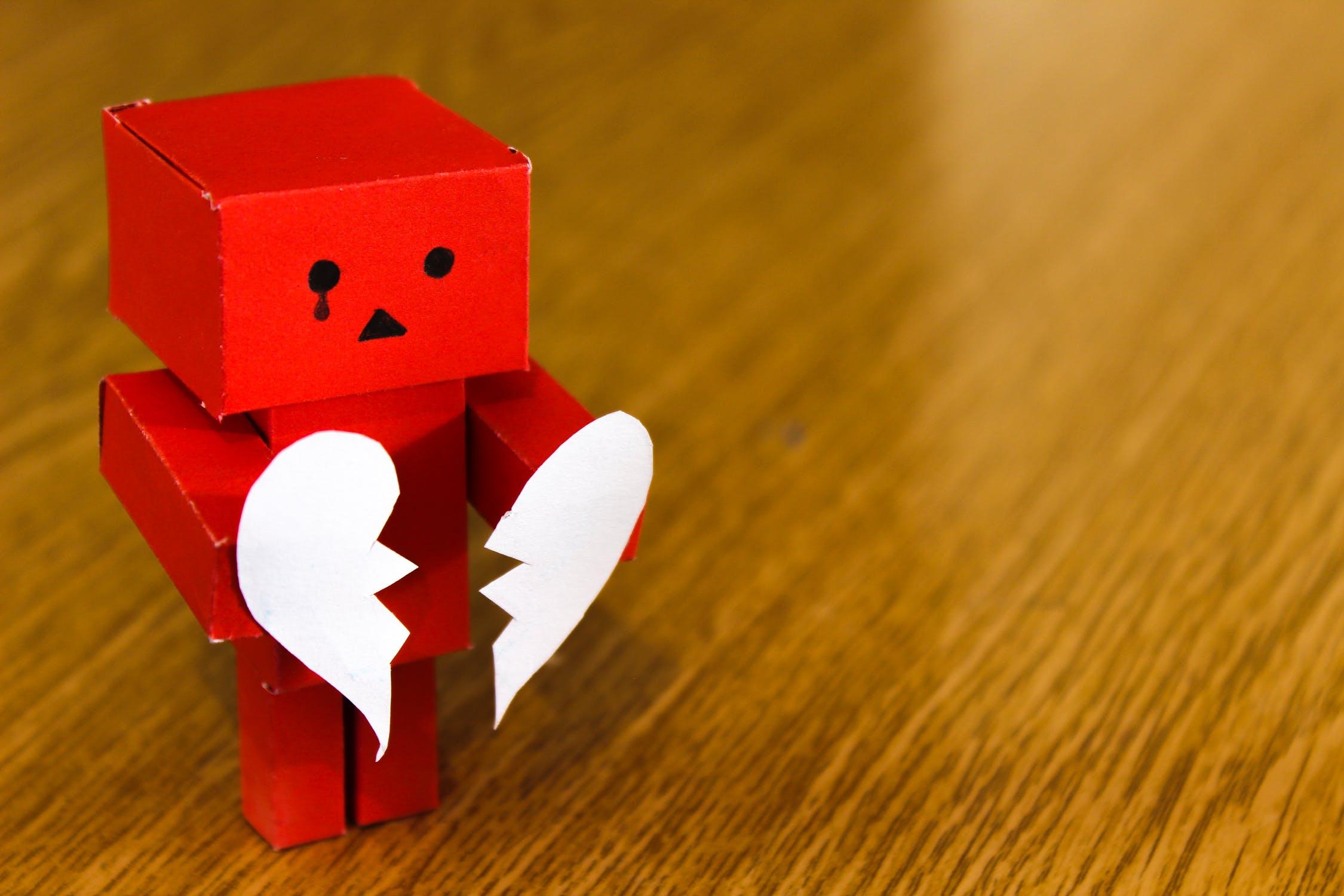 Διαζύγιο σε μεσήλικες και πιο ηλικιωμένους: Αιτίες και συνέπειες.